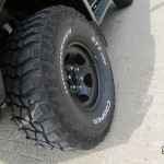 35 inch grote modderbanden op een HDJ80