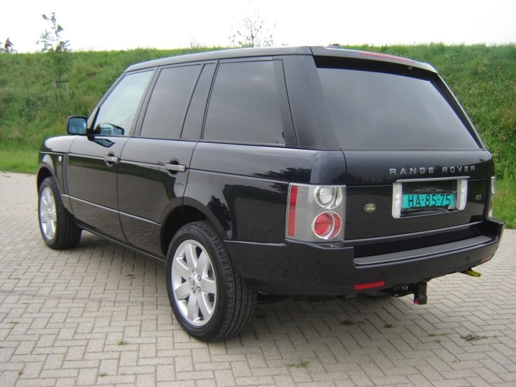 Grijze Range Rover