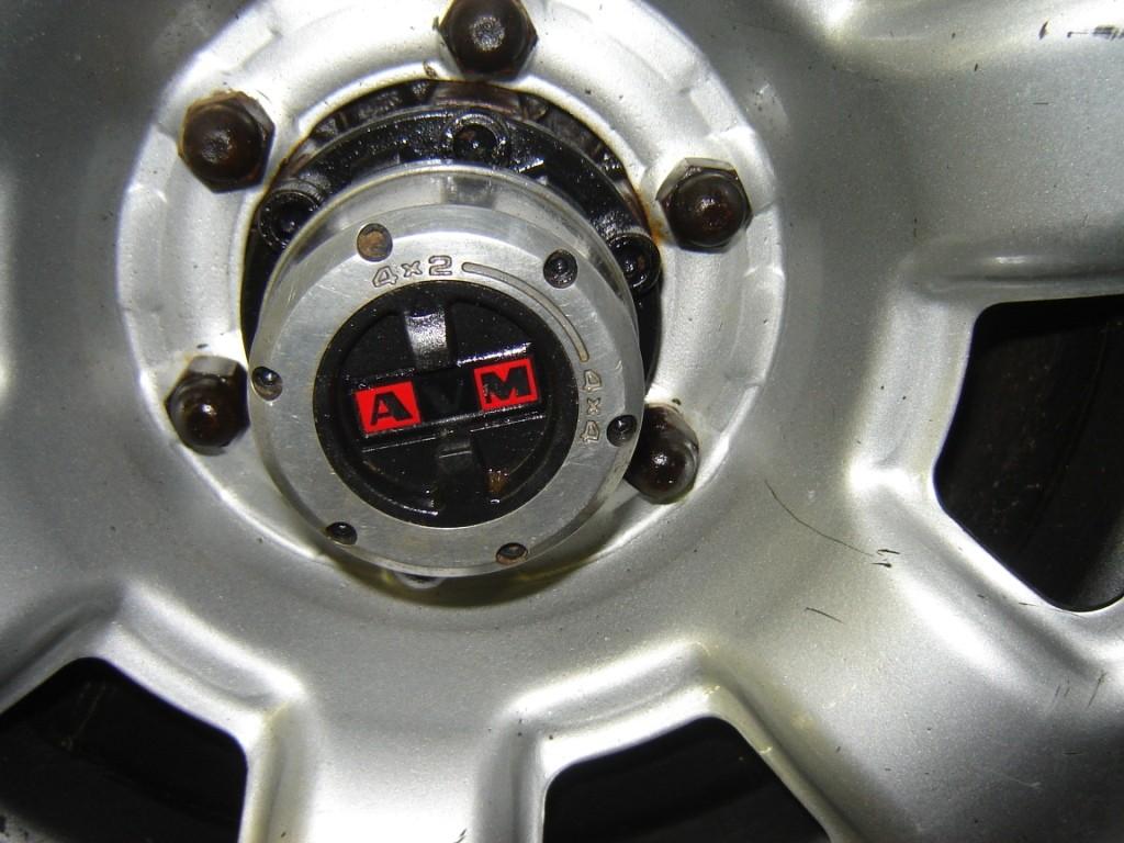 AVM Vrijloopnaaf op Nissan Patrol
