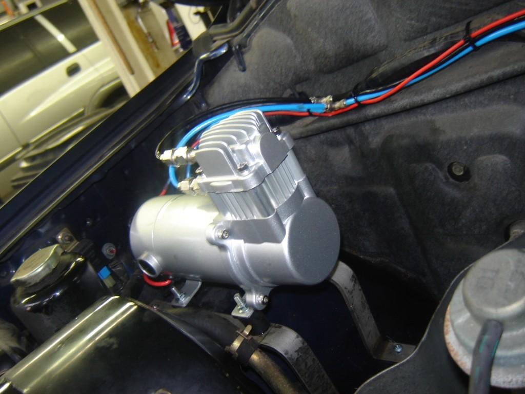 Compressor luchtvering