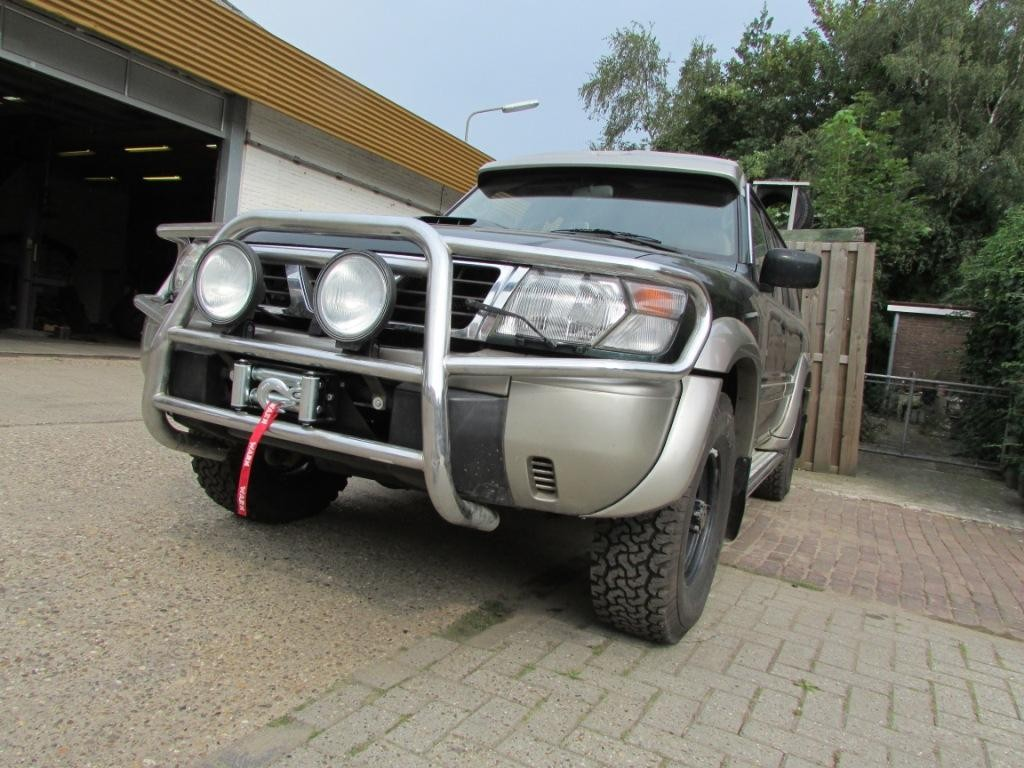 Warn Zeon 10 Hidden Winch mount