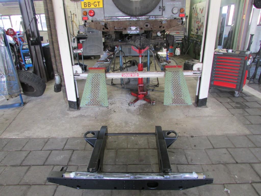 Defender chassis reparatie
