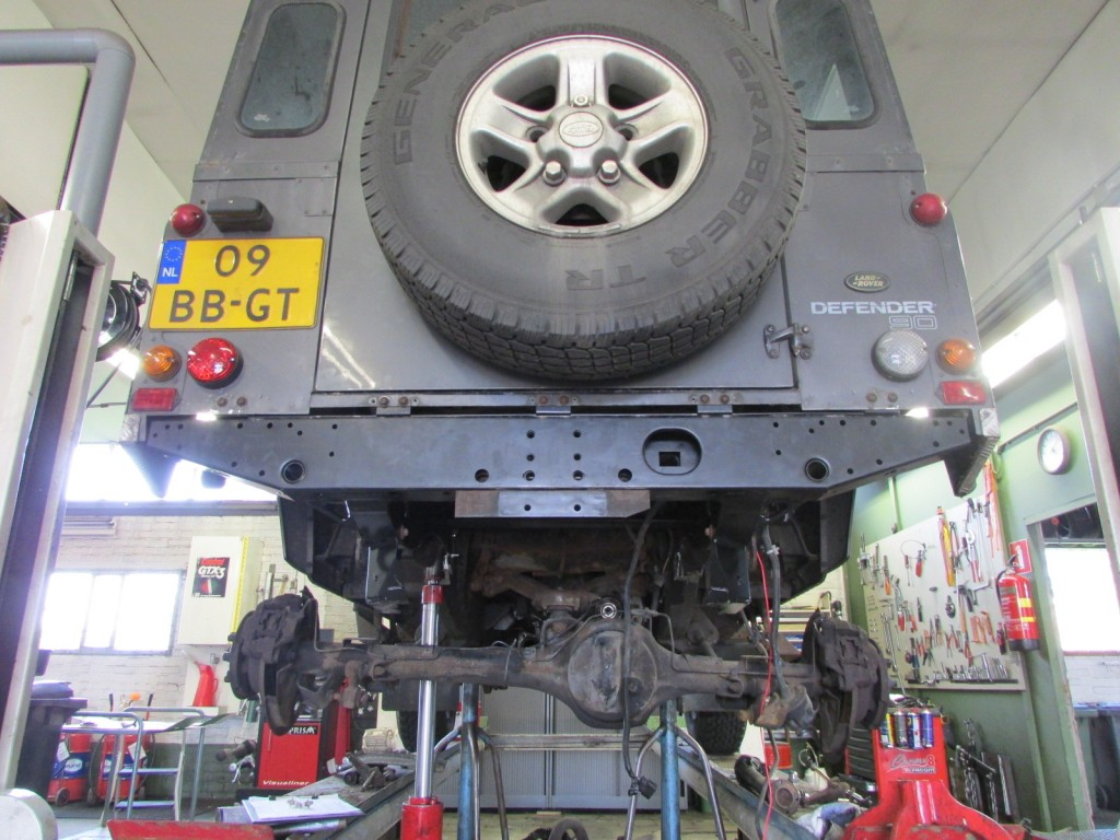 Defender met nieuw chassisdeel