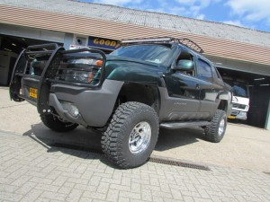 Chevrolet Avalanche Pickup 6 inch lift kit verhoging