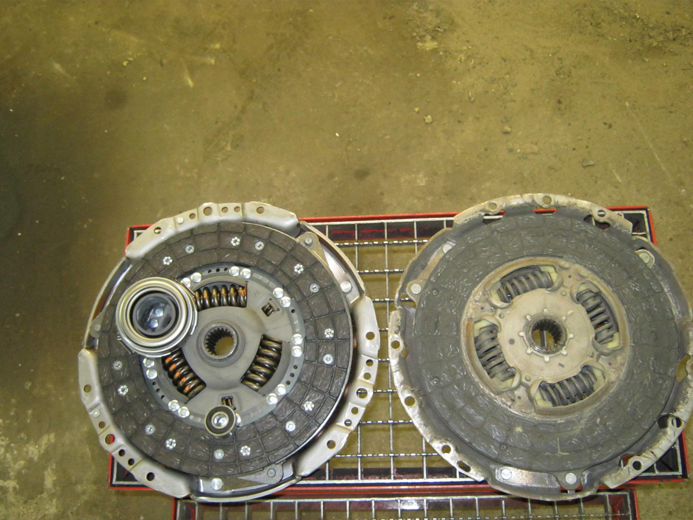 Uitgelezene Koppeling en drukgroep vervangen - Saris4x4 LI-72