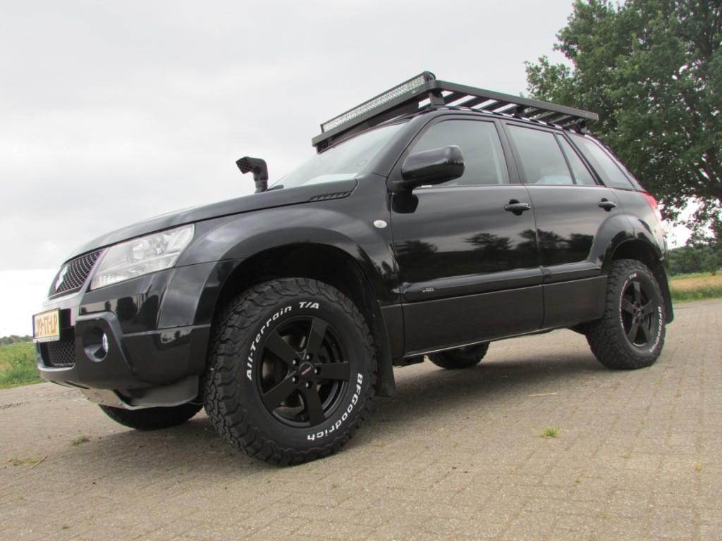 Suzuki Grand Vitara specialist Trailmaster BF Goodrich roofrack