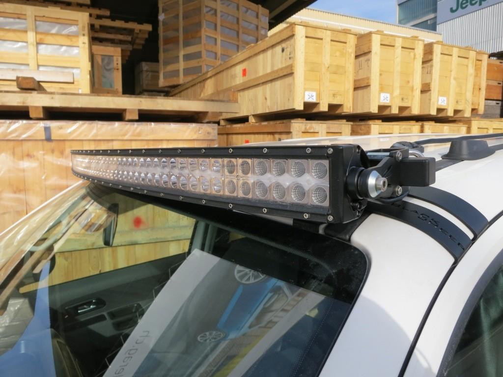 LED Balk montage op dak VW Amarok